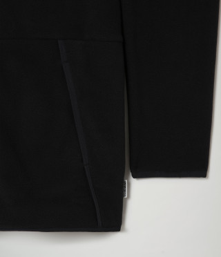 TEAR BLACK 041